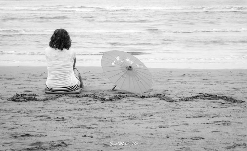 nombre futuro bebé arena frente al mar