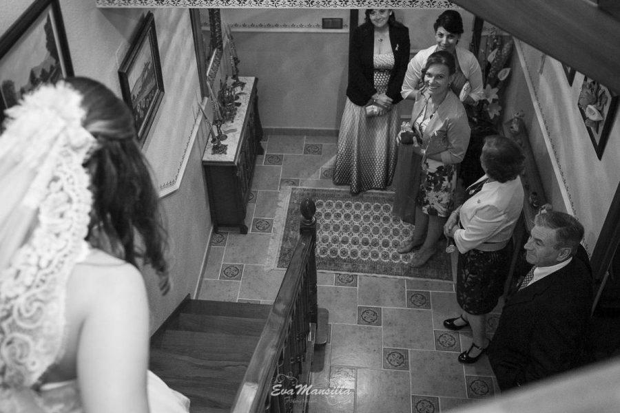 salida de la novia de su casa