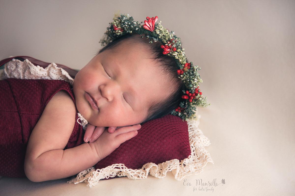 atrezzo newborn corona acebo niña