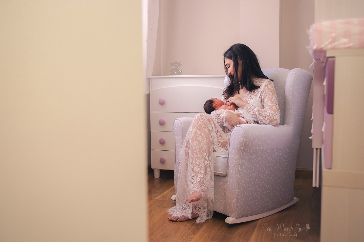 sesión fotos lactancia newborn maternity