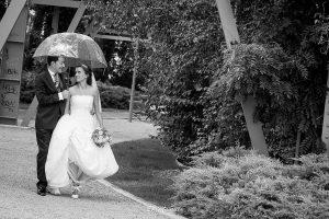 novios paragüas boda valladolid