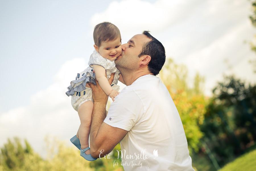 beso tierno de papá
