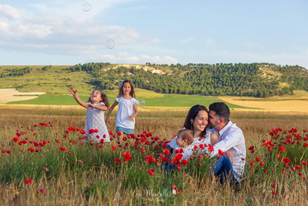 familia numerosa en el campo